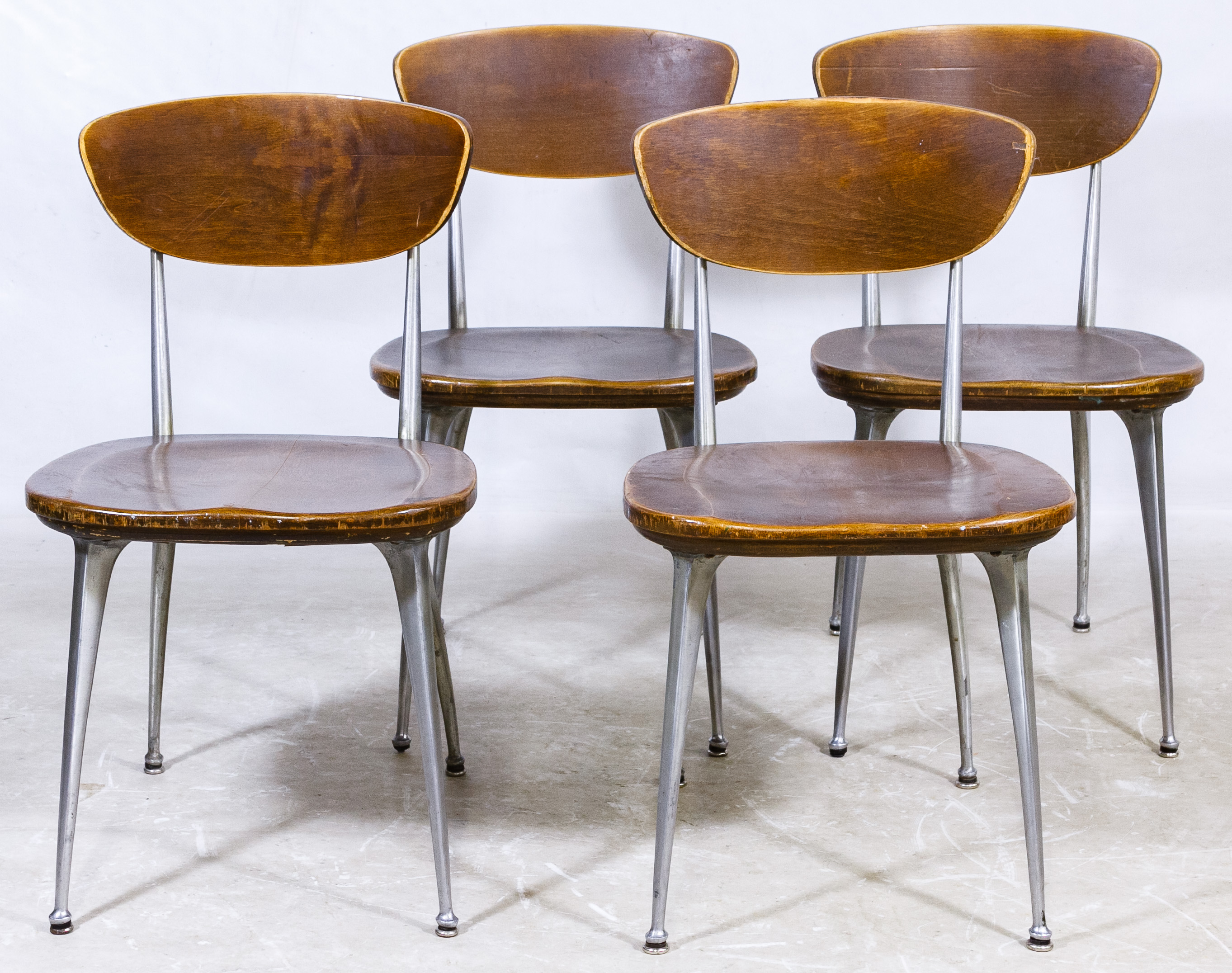 Lot 81 Mid Century Modern Quot Gazelle Quot Chairs By Shelby