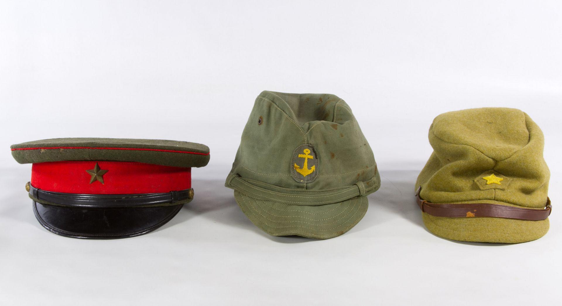 Lot 541: World War II Japanese Army and Navy Hats | Leonard Auction