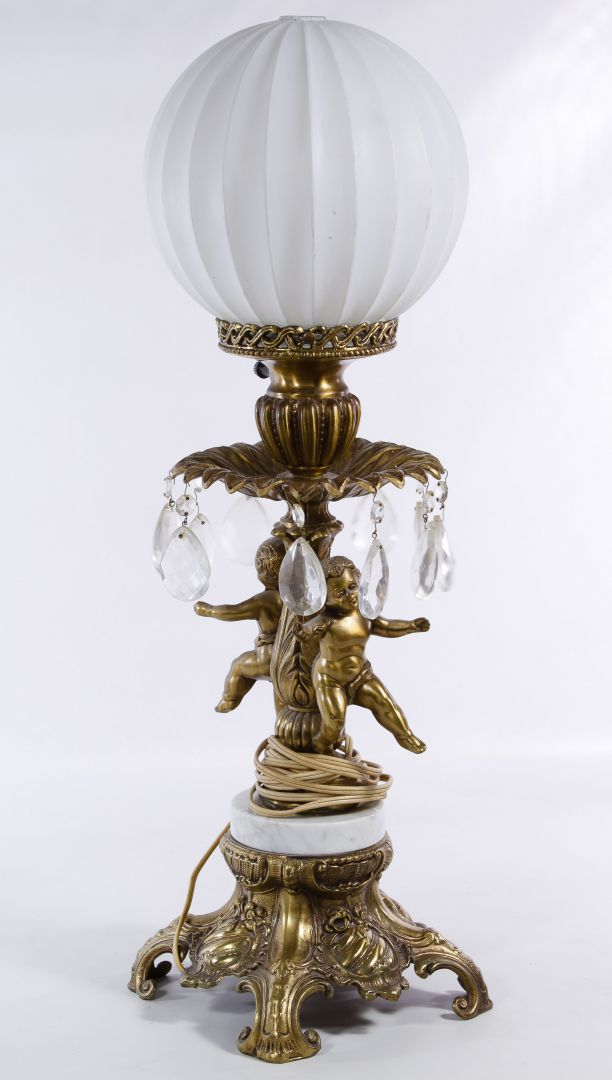 Picture of: Lot 570 Cast Metal Electric Cherub Table Lamp Leonard Auction Sale 217