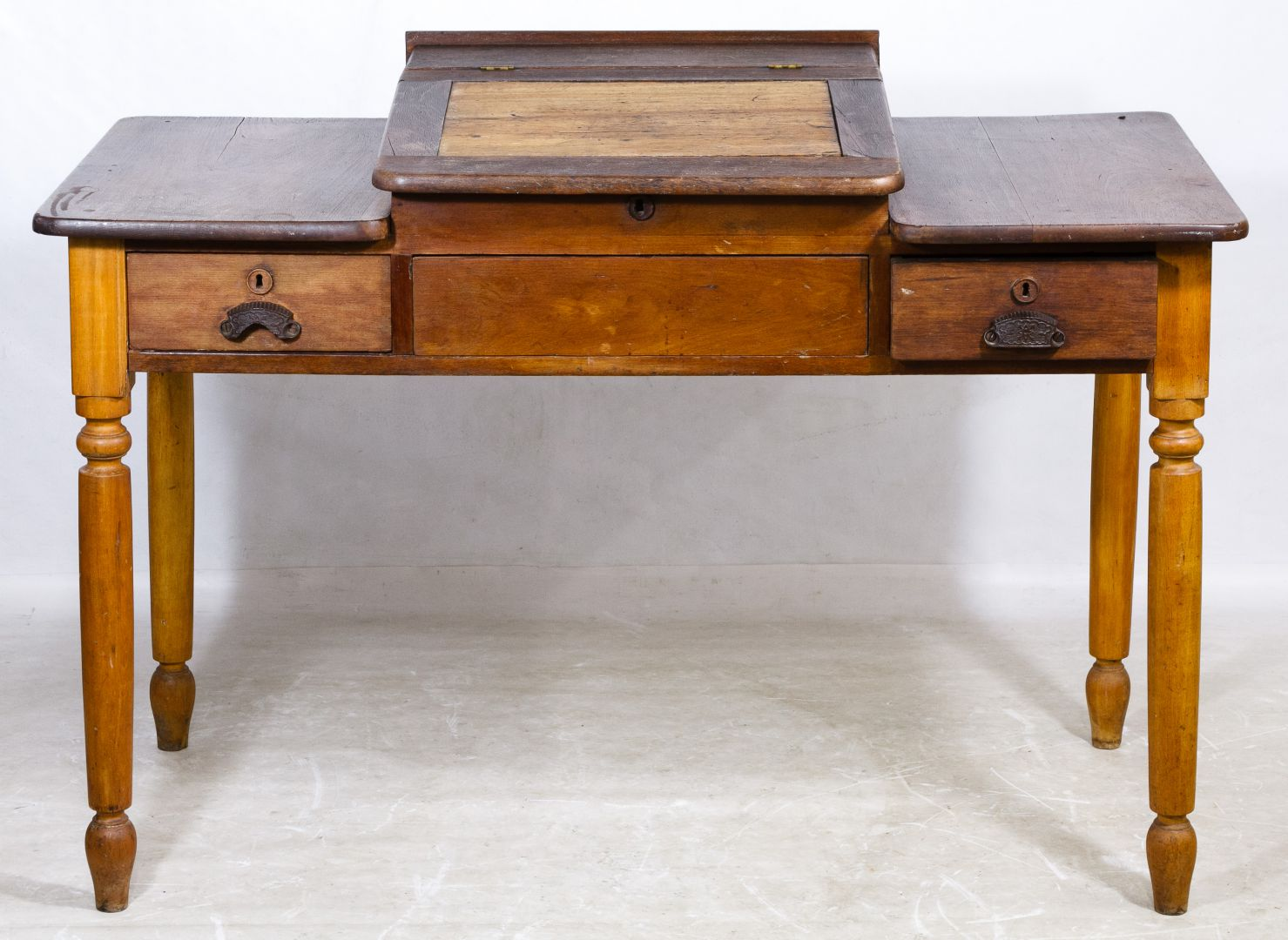 Primitive Maple Railroad Desk - Lot 67: Primitive Maple Railroad Desk Leonard Auction Sale #218
