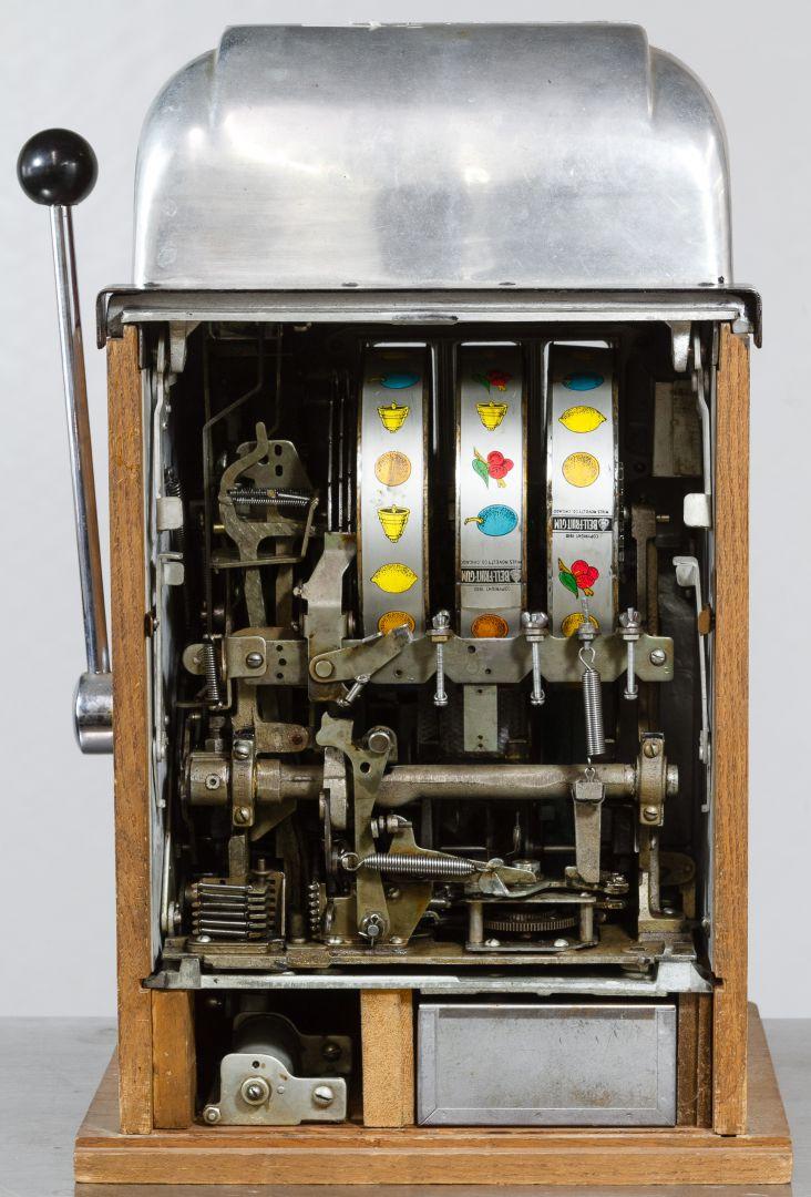 High 5 Slot Machine