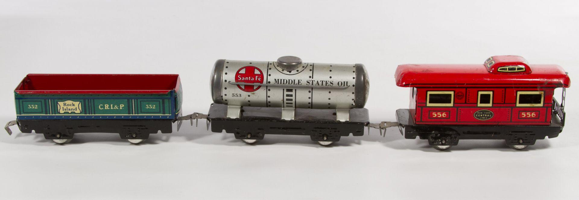Lot 588: Marx Electric Stream Line Train Set #8994 | Leonard Auction