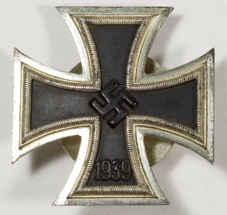 Lot 755: World War II German Iron Cross Screw Back Medal