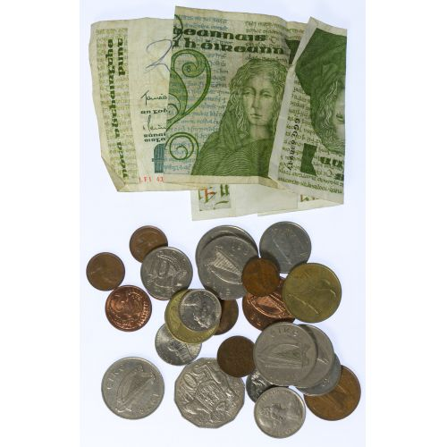 World: Assorted Coins & Note