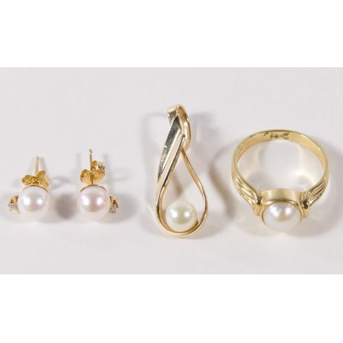 10k Gold and Pearl Ring, Earrings and Pendant