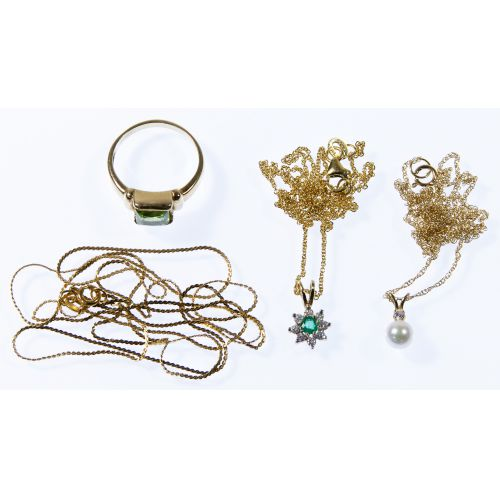 14k Gold Necklace, Pendant and Ring Assortment