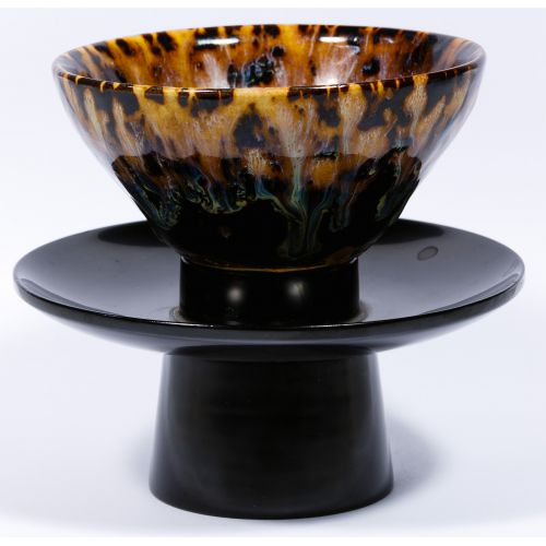 Chinese Tea Bowl and Japanese Stand