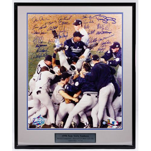 1998 New York Yankees Signed Photograph