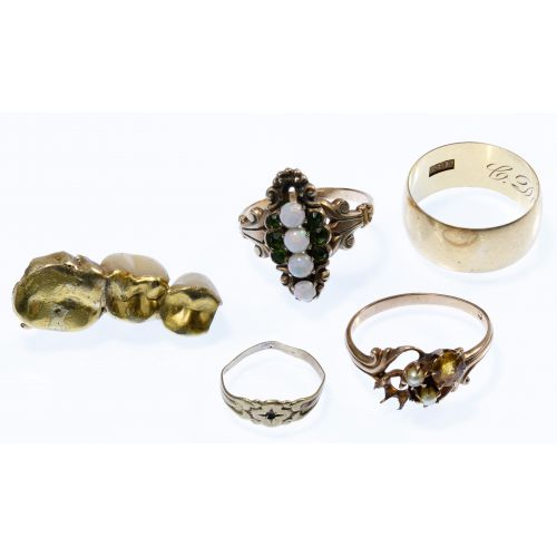 18k Gold and 10k Gold Assortment