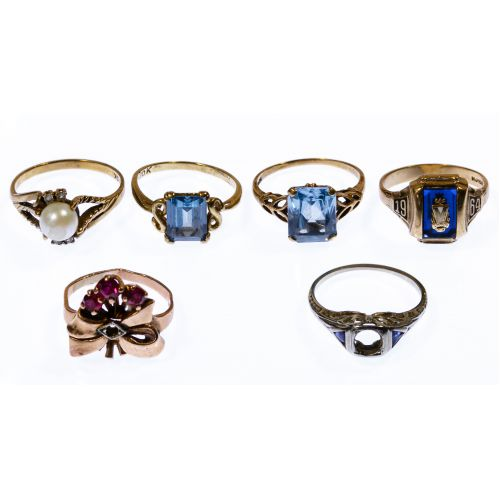14k and 10k Gold Ring Assortment