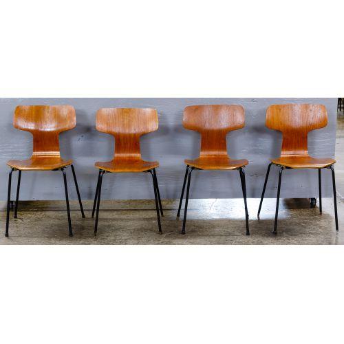 MCM Bent Wood Chairs by Arne Jacobsen for Fritz Hansen