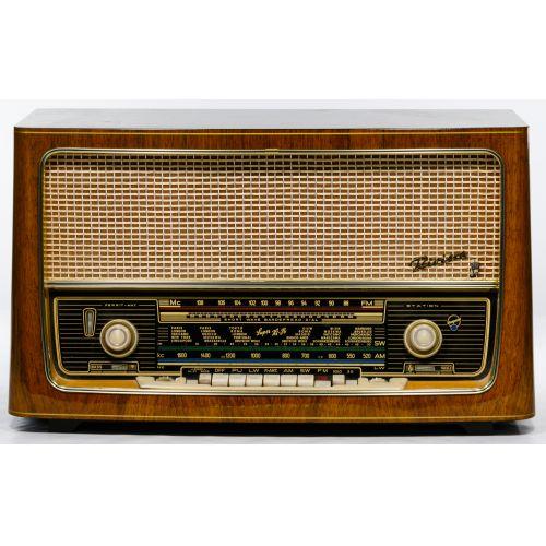 Blaupunkt Riviera 3D AM/FM Art Deco Style Radio Stereo