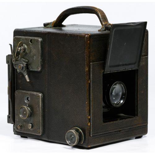 Auto Graflex Bausch-Lomb 4x5 Tessar camera