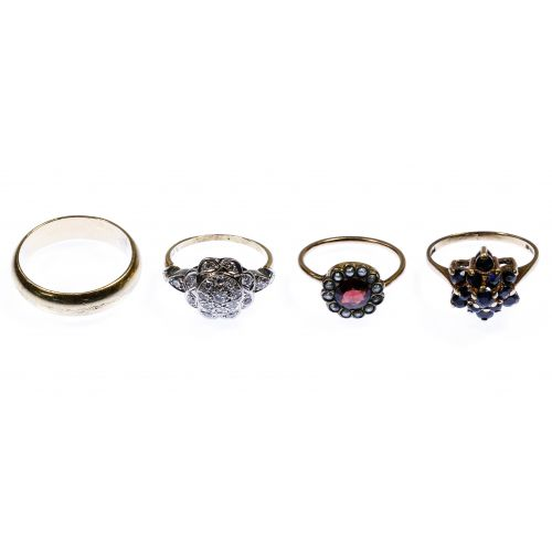 10k Gold and 9k Gold Ring Assortment