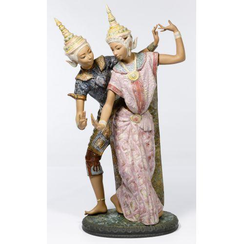 """Lladro #2058 """"Thailandia"""" Gres Figurine"""