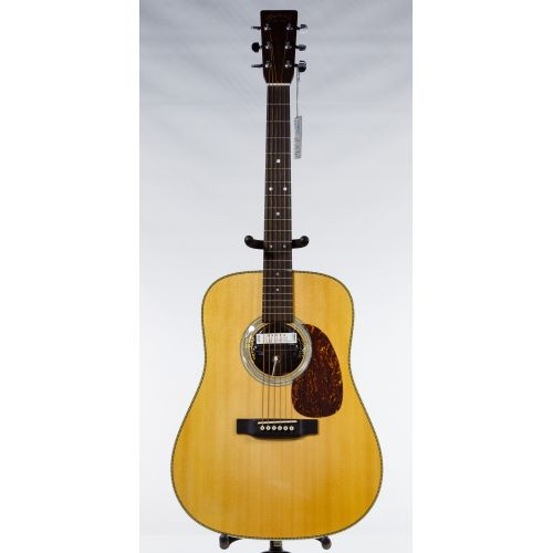 Martin 2003 HD-28 Natural Acoustic Guitar