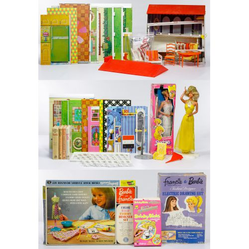 Barbie Living Lively House #4961 (1971) and Assortment