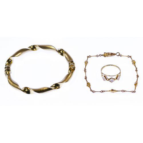 18k Yellow Gold Jewelry Assortment