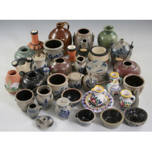 Assortment of Small Pottery Pieces