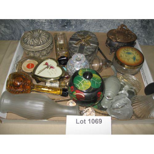 Perfume & Vanity Items