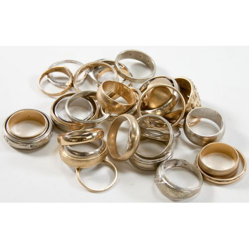 14k Gold Bands & Ring Settings (32pcs.)