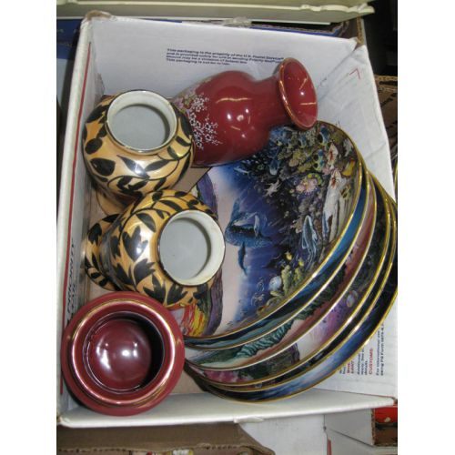Collector Plates & Vases