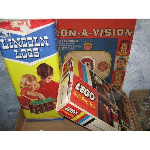 Lincoln Logs & Lego Building Blocks