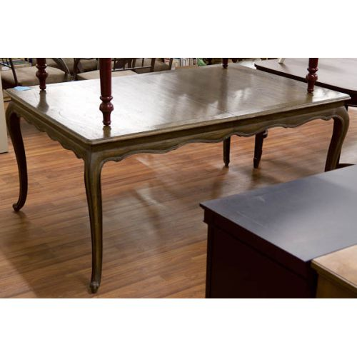 Scalloped Skirt Table with Queen Anne Legs