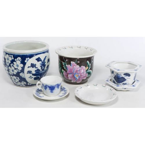Oriental-style Planters with Cup & Saucer