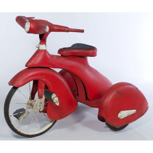 Lot 4008: Scarce c1930's American National Airflow Tricycle