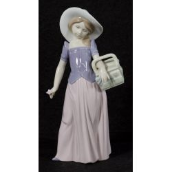 """View 2: Lladro """"Tailor Made"""" #6489 Glazed Retired"""