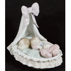 "View 2: Lladro ""Sweet Dreamers"" #6127 Glazed Retired"