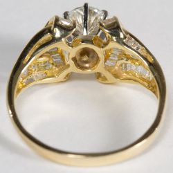 View 4: 14k Gold and Diamond Ring