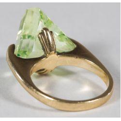 View 2: 10k Gold and Peridot Ring