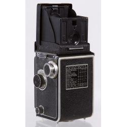 View 2: Frank & Heidecke Rolleiflex DRP DRGM Compur-Rapid Camera