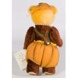 """View 2: Steiff """"Pumpkin Patch"""" Four Seasons Bear"""