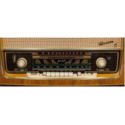 View 2: Blaupunkt Riviera 3D AM/FM Art Deco Style Radio Stereo