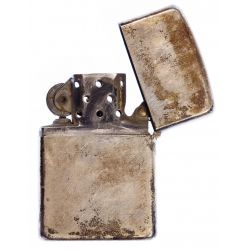 View 5: Lighter and Cigarette Case Assortment