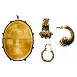View 2: 18k Gold Jewelry Assortment