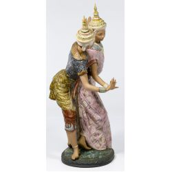 "View 4: Lladro #2058 ""Thailandia"" Gres Figurine"