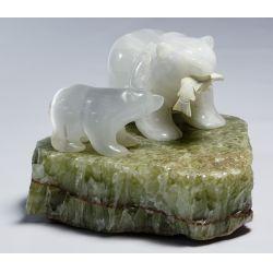View 4: Eddie Lee (Lynd) (American, 20th Century) Carving
