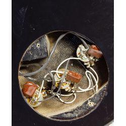 View 9: Silvertone 3305/U3 Electric Guitar