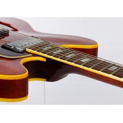 View 5: Gibson 1968 Electric Guitar