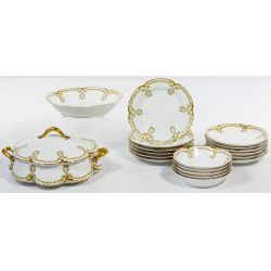 View 3: Limoges Haviland Scalloped Holly China Service