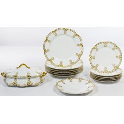 View 4: Limoges Haviland Scalloped Holly China Service
