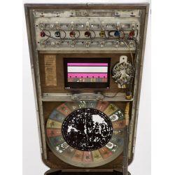 View 4: Buckley Mfg Horse Race Console Nickel Slot Machine