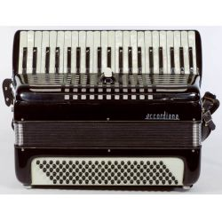 View 2: Excelsior Accordiana Model 241 Accordion